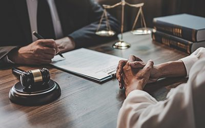 10 Questions for Choosing the Right Divorce Attorney